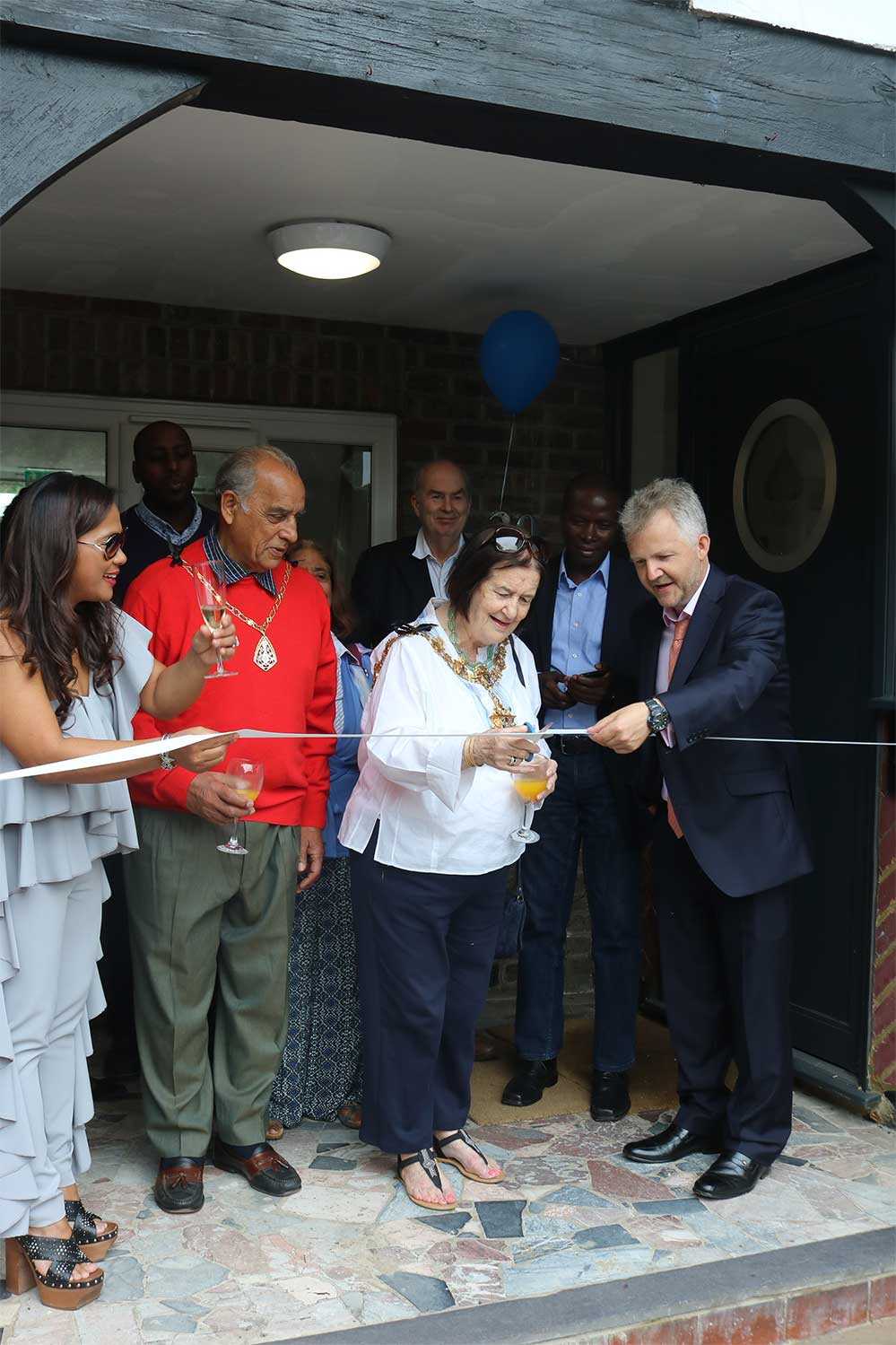 Mayor of Croydon inaugurates school Residence